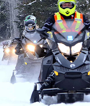 Fully Guided Snowmobile Tours near Algonquin Park Ontario!